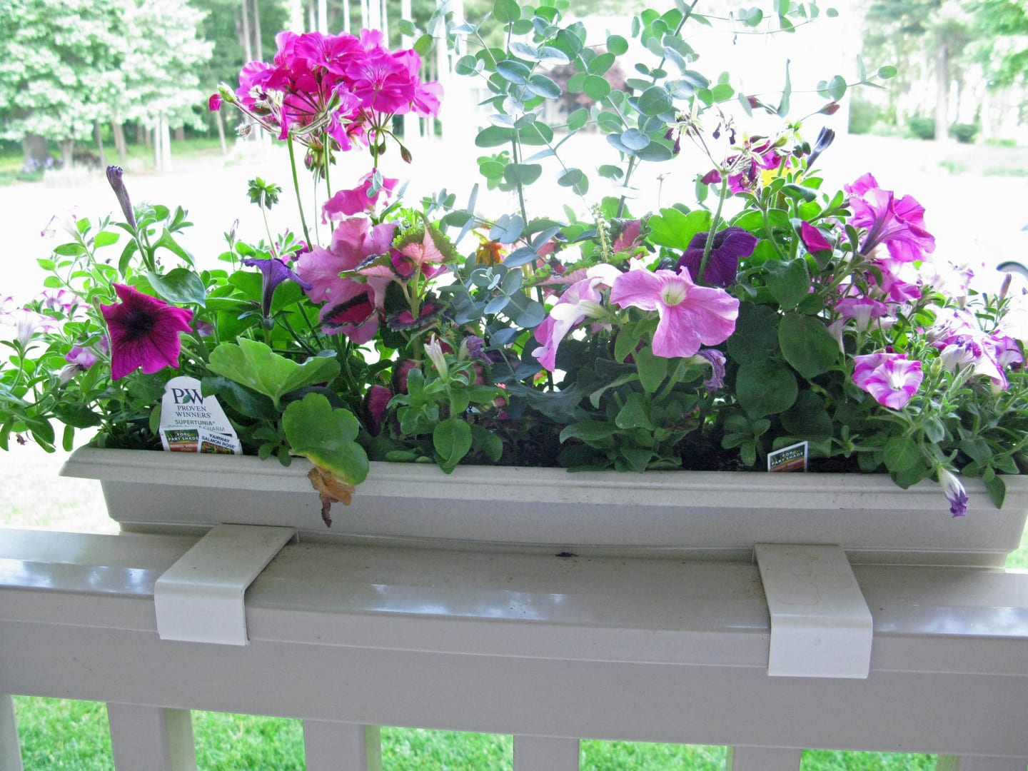 MIDE Fence Hooks T-rail Flower Box Hooks from back